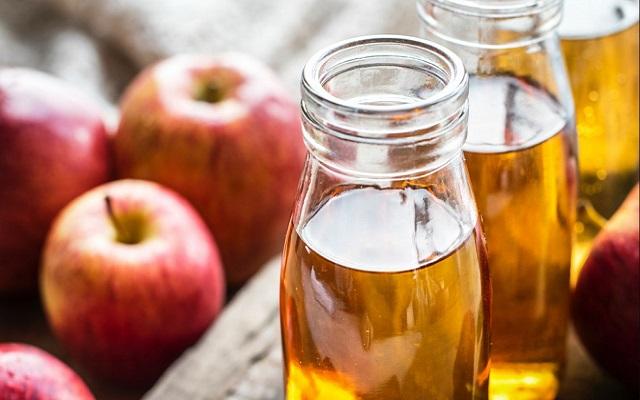 apple cider vinegar can actually overcome irregular menstruation